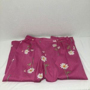 Alfred Dunner Size 16 Pink Floral Print Capris